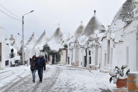 alberobello-neve